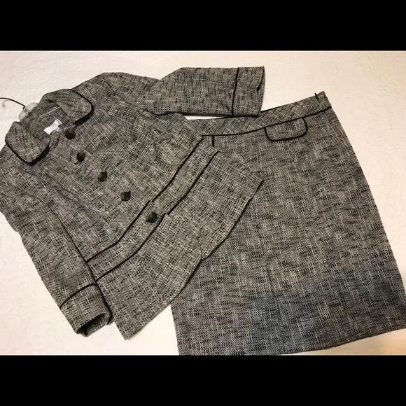 LOFT Dresses & Skirts - Ann Taylor Loft Skirt & Jacket tweed suit